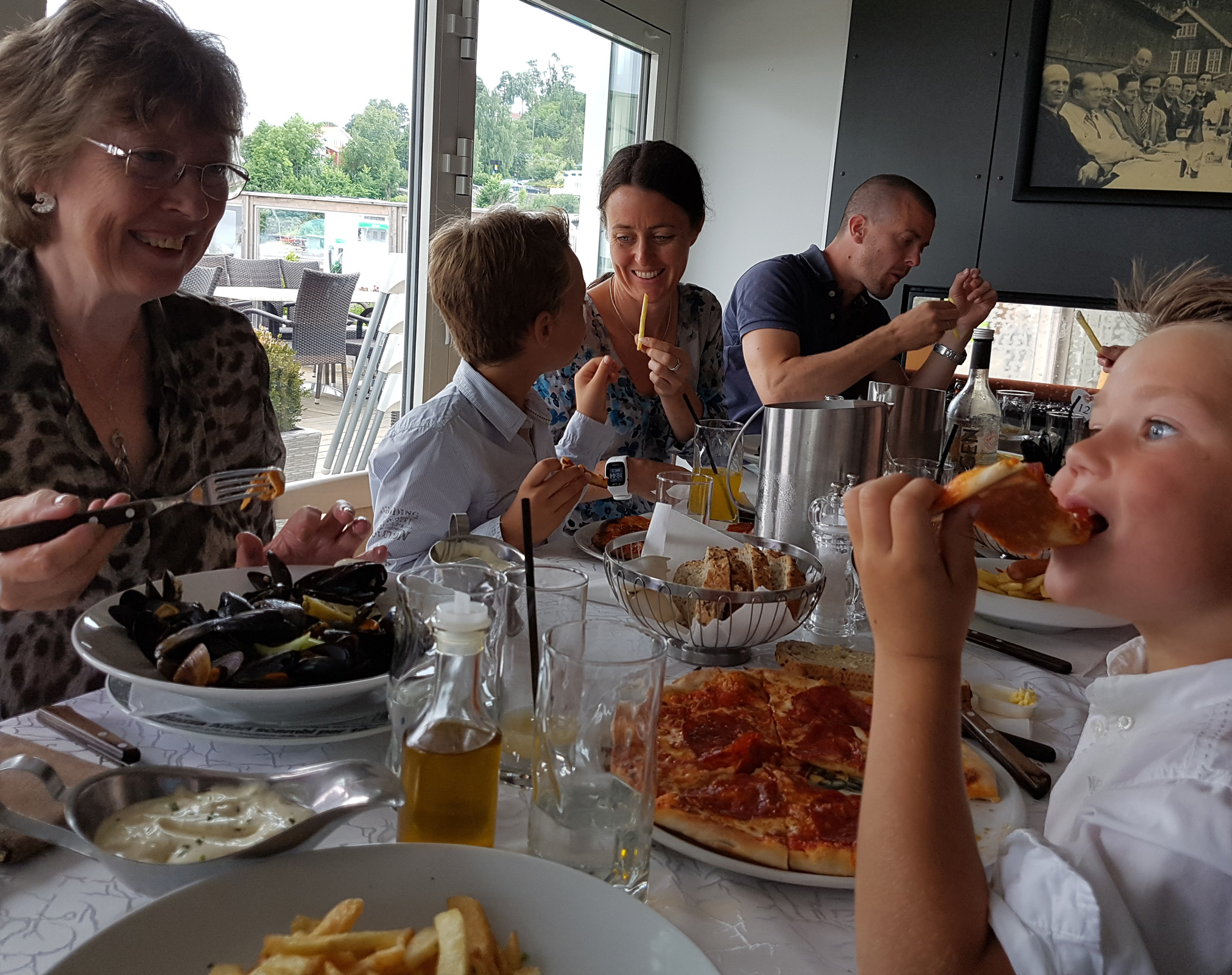 At Vito's restaurant beside the harbour in Vollen
